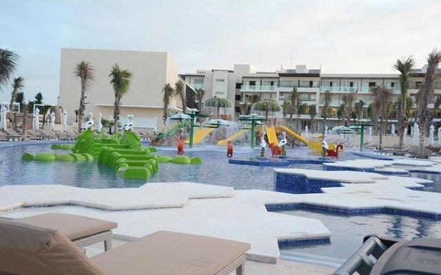 Hotel Royalton Riviera Cancún Resort and Spa, parque acuático