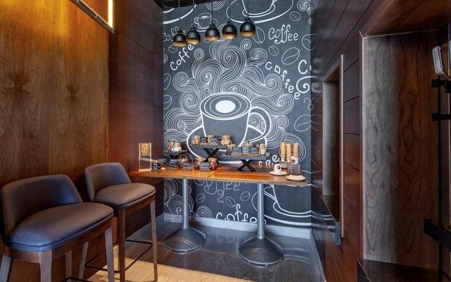 Hotel Royalton Suites Cancun Resort and Spa, prueba un rico café