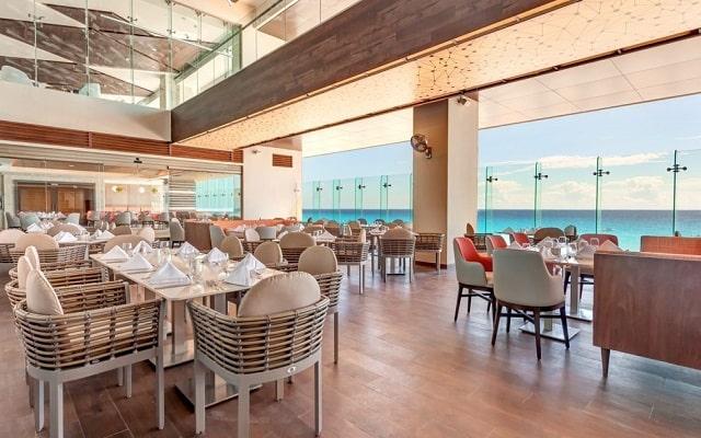 Hotel Royalton Suites Cancun Resort and Spa, buena propuesta gastronómica