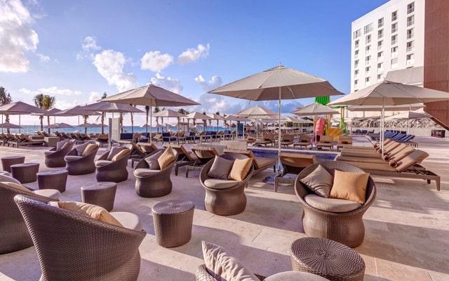 Hotel Royalton Suites Cancun Resort and Spa, relájate y disfruta