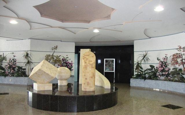 Hotel Samil Plaza, lobby