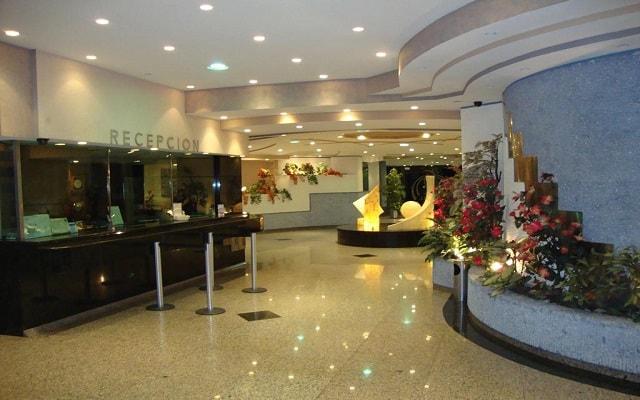 Hotel Samil Plaza, atención personalizada desde el inicio de tu estancia