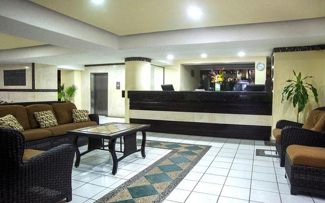 Hotel San Marino Vallarta Centro Beachfront, atención personalizada desde el inicio de tu estancia