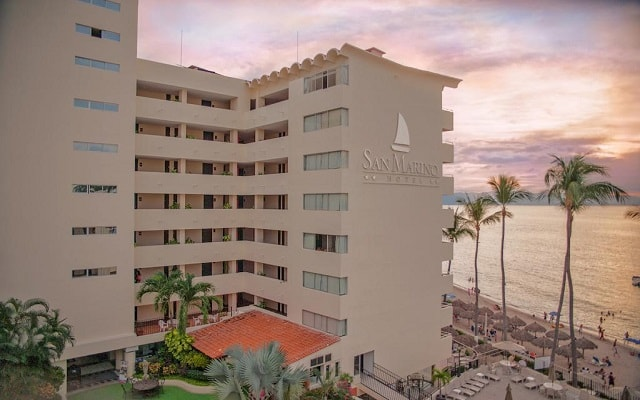 Hotel San Marino Vallarta Centro Beachfront