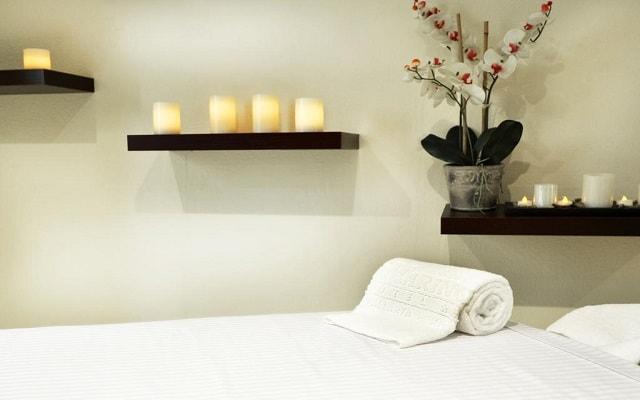 Hotel San Marino Vallarta Centro Beachfront, permite que te consientan con un masaje