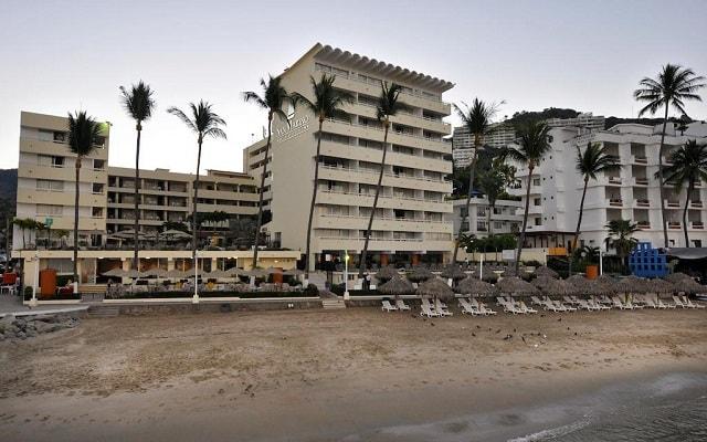 Hotel San Marino Vallarta Centro Beachfront, disfruta la playa