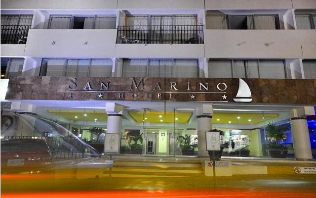 Hotel San Marino Vallarta Centro Beachfront, buena ubicación