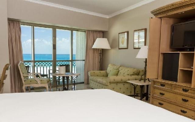 Hotel Sandos Cancún Lifestyle Resort, habitaciones amplias y luminosas