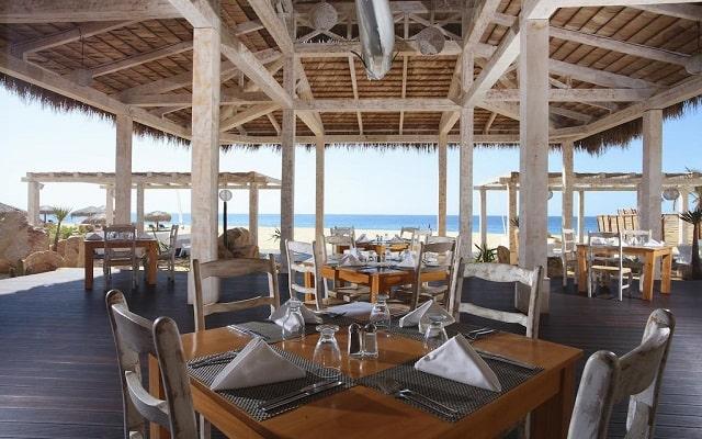 Hotel Sandos Finisterra Los Cabos All Inclusive Resort, disfruta de la cocina internacional