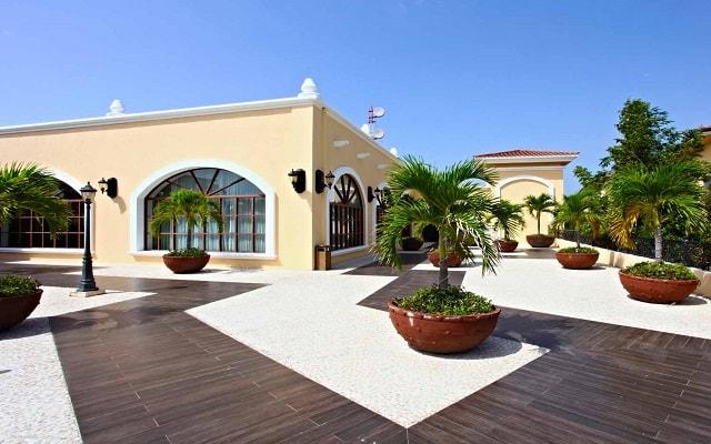 Hotel Sandos Playacar Beach Resort Select Club All Inclusive, espacios comunes