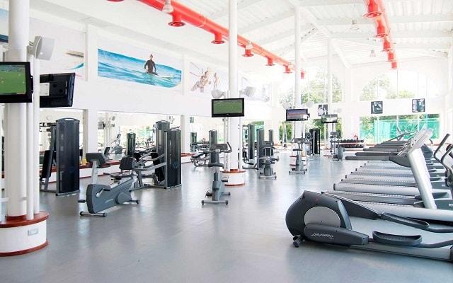 Hotel Sandos Playacar Beach Resort Select Club All Inclusive, gimnasio bien equipado