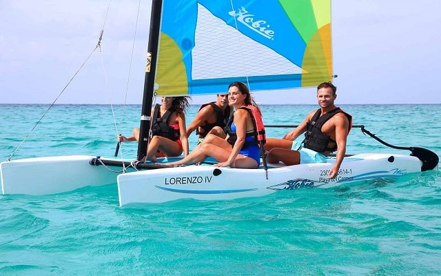 Hotel Sandos Playacar Beach Resort Select Club All Inclusive, diviértete practicando veleo