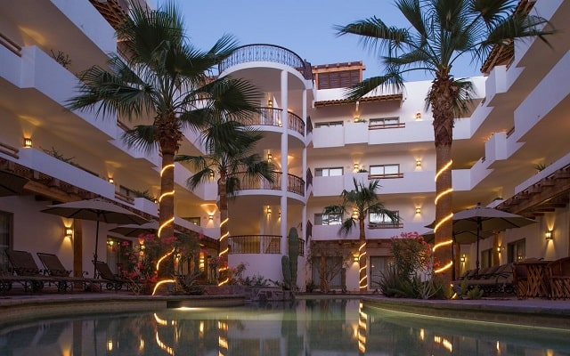 Hotel Santa Fe Loreto by Villa Group, buena ubicación