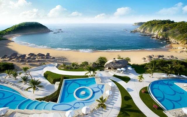 Hotel Secrets Huatulco Resort and Spa, disfruta de su alberca al aire libre