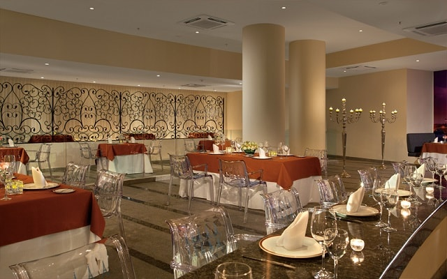 Hotel Secrets Huatulco Resort and Spa, espacios de lujo y diseño