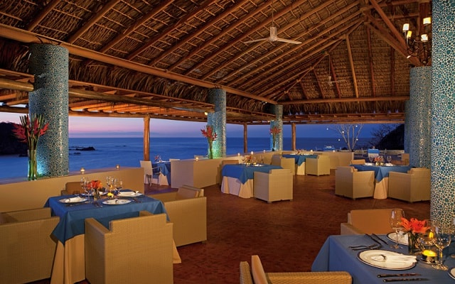 Hotel Secrets Huatulco Resort and Spa, admira la belleza del mar