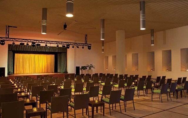 Hotel Secrets Huatulco Resort and Spa, teatro