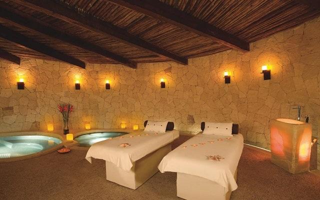 Hotel Secrets Maroma Beach Riviera Cancún, permite que te consientan con un masaje