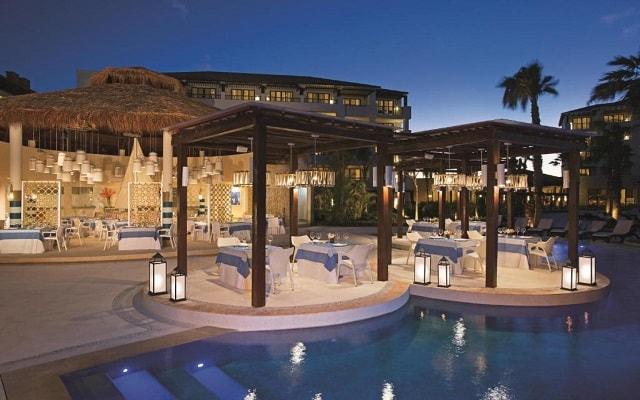 Hotel Secrets Playa Mujeres Golf and Spa Resort Todo Incluido - Solo Adultos, disfruta una copa en el bar