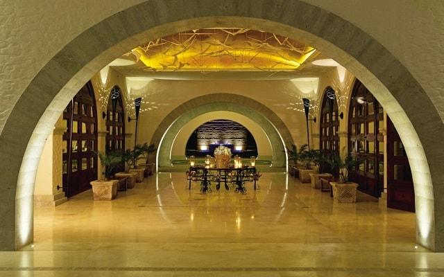 Hotel Secrets Puerto Los Cabos Golf & Spa Resort, atención personalizada desde el inicio de tu estancia