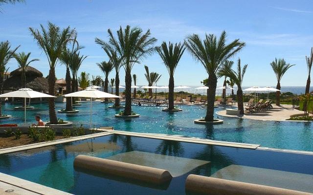 Hotel Secrets Puerto Los Cabos Golf & Spa Resort, buena ubicación en la exclusiva zona de Puerto Los Cabos