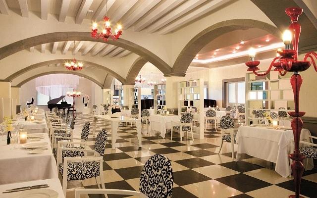 Hotel Secrets Silversands Riviera Cancún, Restaurante Portofino