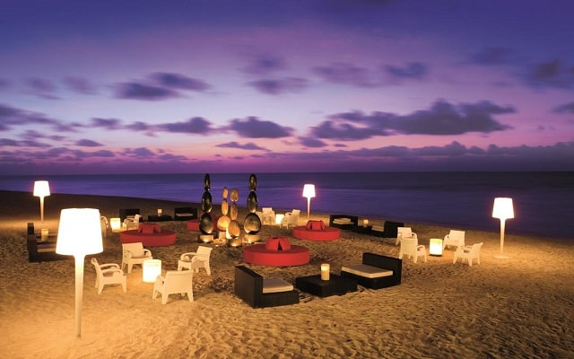Hotel Secrets Silversands Riviera Cancún, disfruta de la playa a cualquier hora