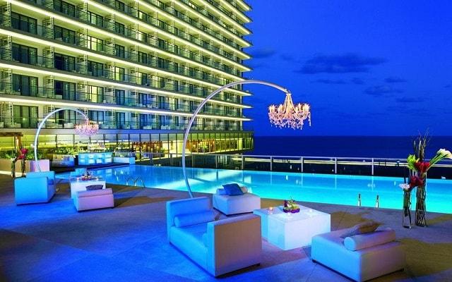Hotel Secrets The Vine Cancún, atención personalizada desde el inicio de tu estancia