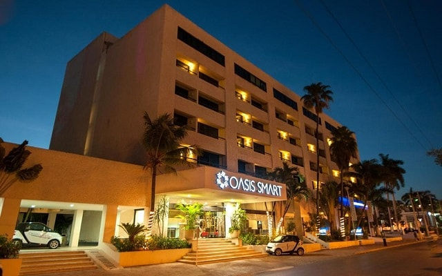 Hotel Smart by Oasis, hermosa vista nocturna