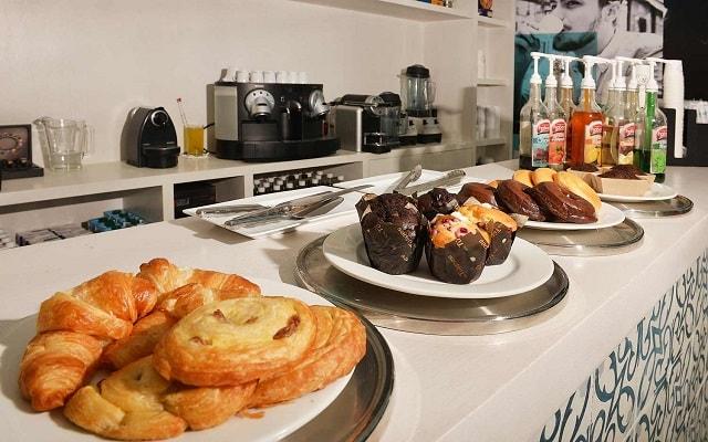 Hotel Smart by Oasis, acompaña tu café con ricos panes dulces