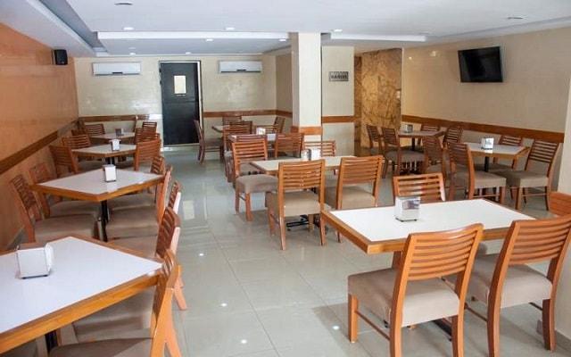 Hotel Soberanis Cancún, disfruta de un rico desayuno cortesía del hotel