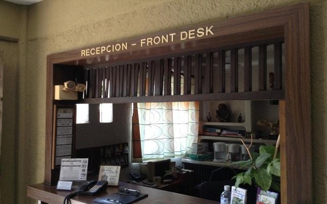 Hotel Solimar Inn Suites, atención personalizada desde el inicio de tu estancia