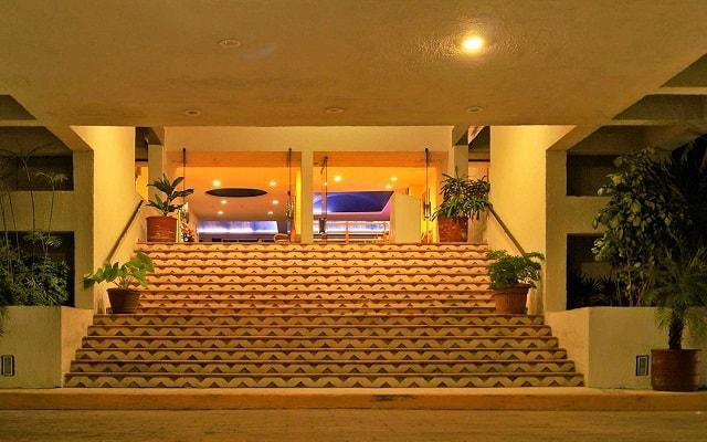 Hotel Solymar Beach Resort, atención personalizada desde el inicio de tu estancia