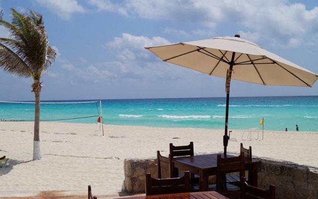 Hotel Solymar Beach Resort, amenidades en la playa