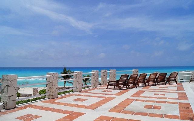 Hotel Solymar Beach Resort, solarium
