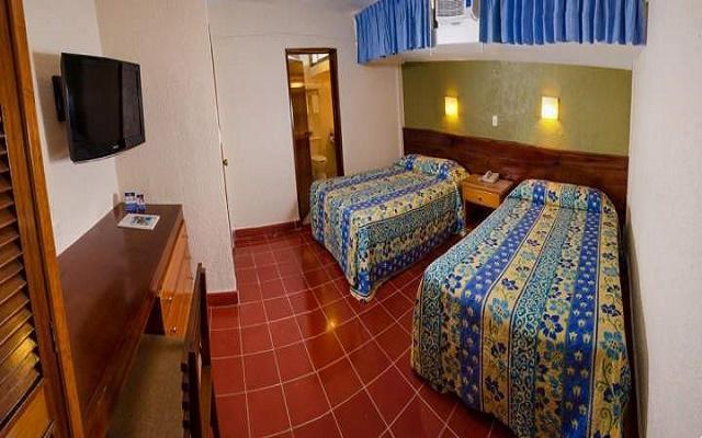 Hotel Suites Colonial, habitaciones bien equipadas