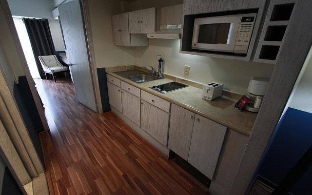 Hotel Suites del Ángel, suites equipadas con cocina