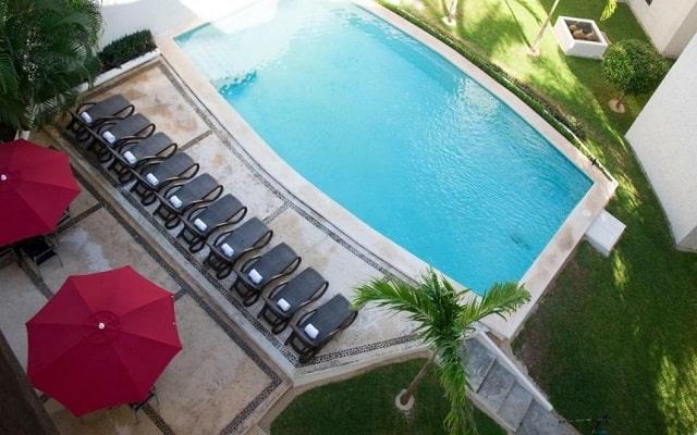 Hotel Suites Villa Italia, disfruta de su alberca al aire libre