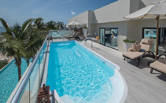 Hotel Sunscape Akumal Beach Resort & Spa, disfruta una placentera estancia