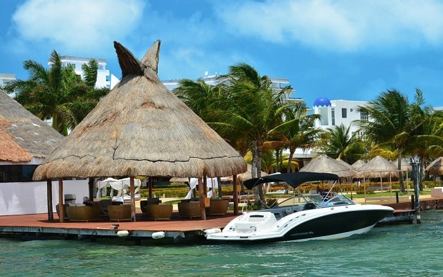 Hotel Sunset Marina Resort & Yacht Club, espacios diseñados para tu descanso