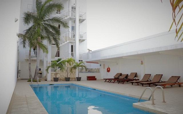 Hotel Terracaribe, disfruta de su alberca al aire libre