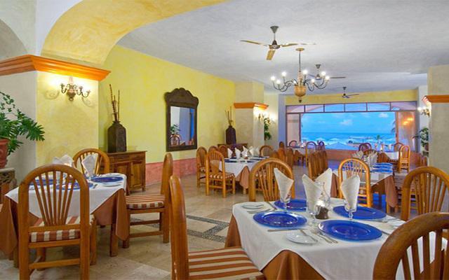 Hotel Tesoro Ixtapa, restaurante de comida internacional