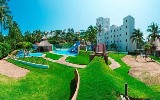 Hotel Tesoro Manzanillo, el club de niños ofrece actividades para menores de 4 a 12 años