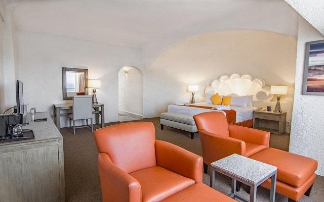 Hotel Tesoro Manzanillo, habitaciones con todas las amenidades