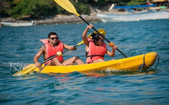Hotel Tesoro Manzanillo, diviértete haciendo kayac