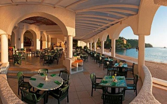 Hotel Tesoro Manzanillo, podrás degustar platillos de comida mexicana, italiana e internacional