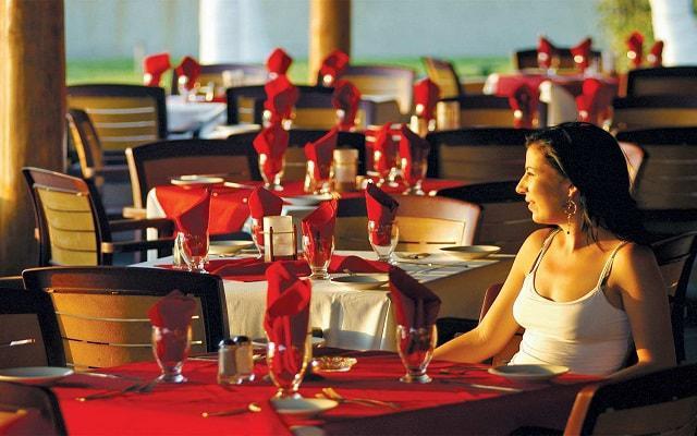Hotel Tesoro Manzanillo, Restaurante Il Naveganti