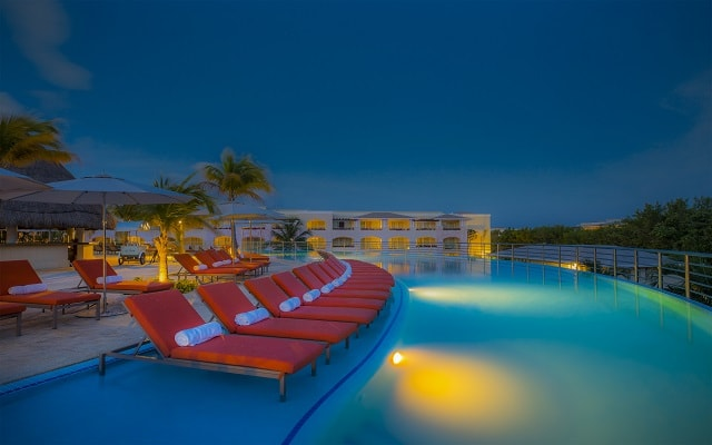 Hotel The Grand at Moon Palace Inclusive, noches inolvidables