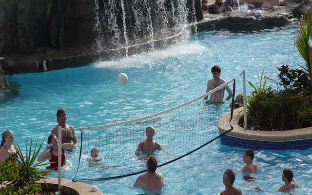Hotel The Inn at Mazatlán, diviértete con las actividades en la alberca