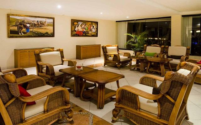 Hotel The Reef Coco Beach, lobby